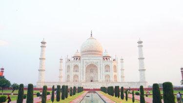 インド女子ひとり旅【Day3】アグラのタージマハル