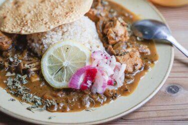 【レシピ】カレーのお供に!インドのピクルス「紫玉ねぎのアチャール」