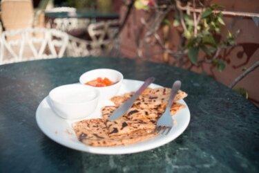 ギーオイルと全粒粉で作るインドのパン「パラタ」【レシピあり】